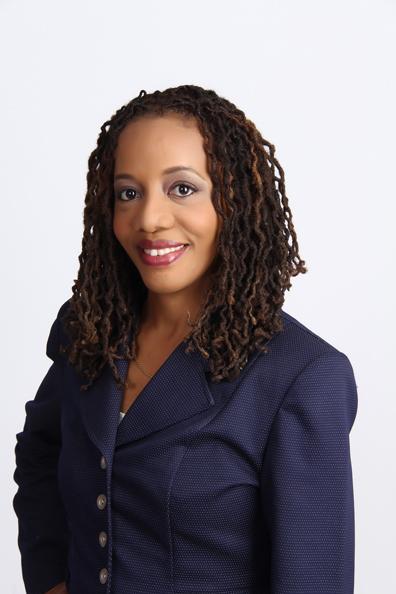 Stephanie Treasure | Business Coach , Speaker & Online Marketing Strategist